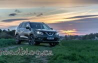 Nissan-X-Trail-1.6-dCi-96-kW-2017-4K-static-and-drive-interior-exterior-attachment